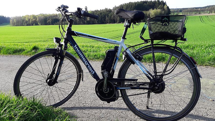 E-bikes can be used for commuting - this image shows they look and ride like regular push bikes.